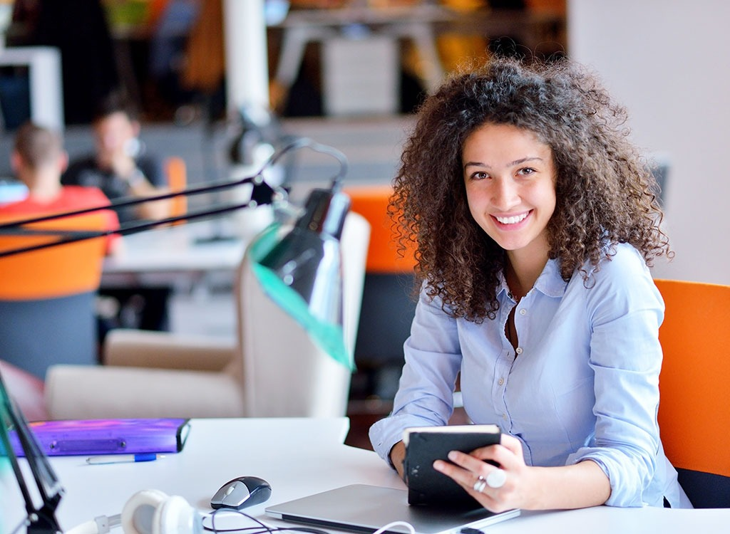 woman-at-desk-office